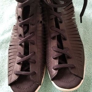 Nike Racquette Slit Gladiator Sandals Sneakers